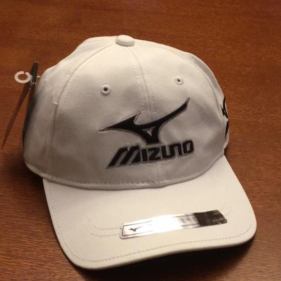 20ab2a50a4f NWT MIZUNO Adjustable Cap Hat